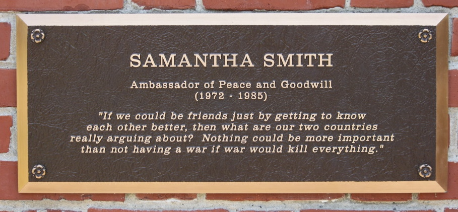 Image result for samantha smith died with her father in a plane crash 1985