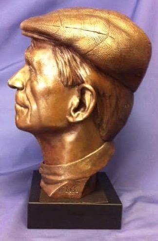 Bronze bust of Daniel Berrigan