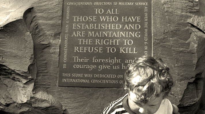 Plaque in Great Britain that honors the right not to kill.